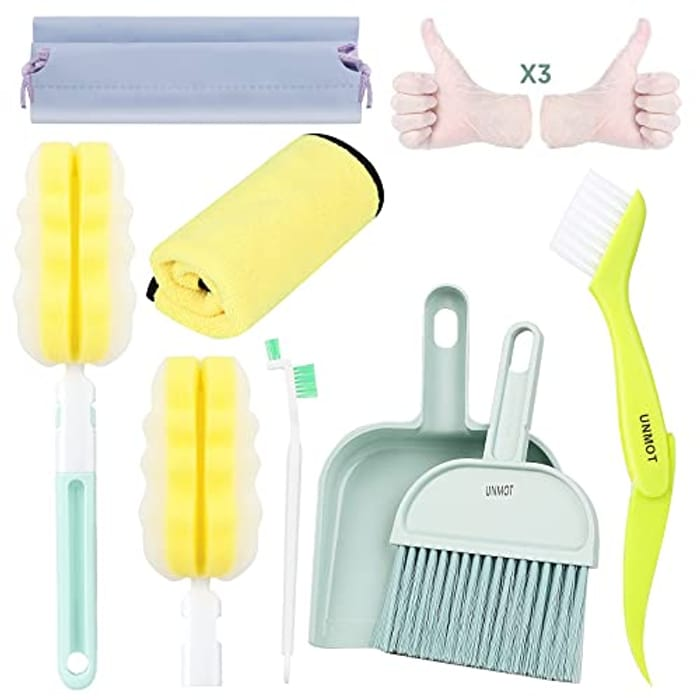 UNMOT 7 in 1 Cleaning Tool for Cleaning Difficult Areas - Only £6.40!