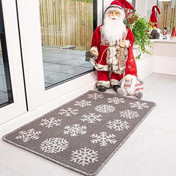Festive Christmas Snowflakes Holiday Entrance Welcome Doormat - Only £2.95!