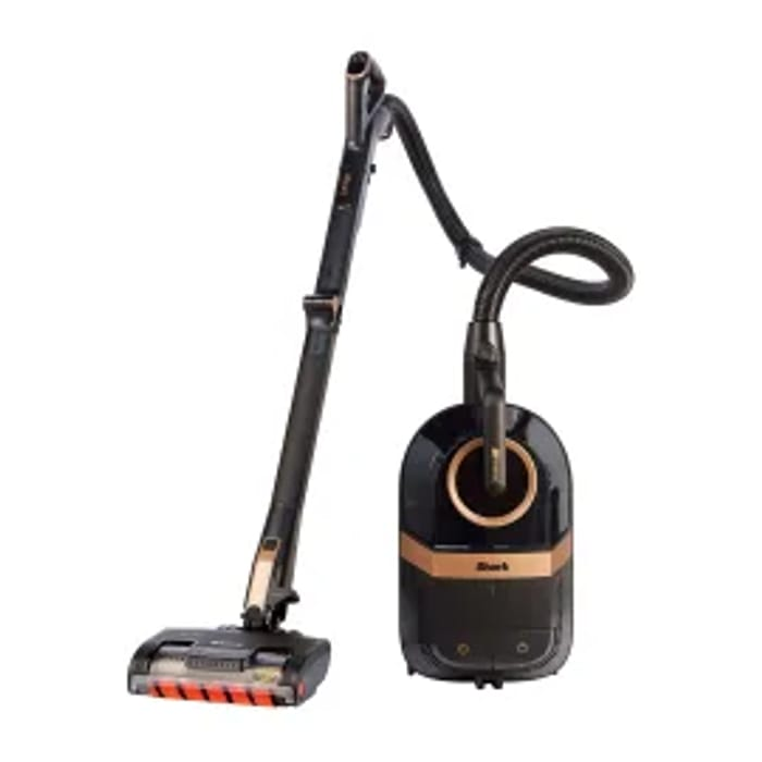 Shark Bagless Cylinder Vacuum Cleaner with Dynamic Technology - Now £279.99!