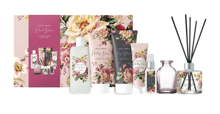 1/2 Price on Laura Ashley Ultimate Bloom Collection Star Gift