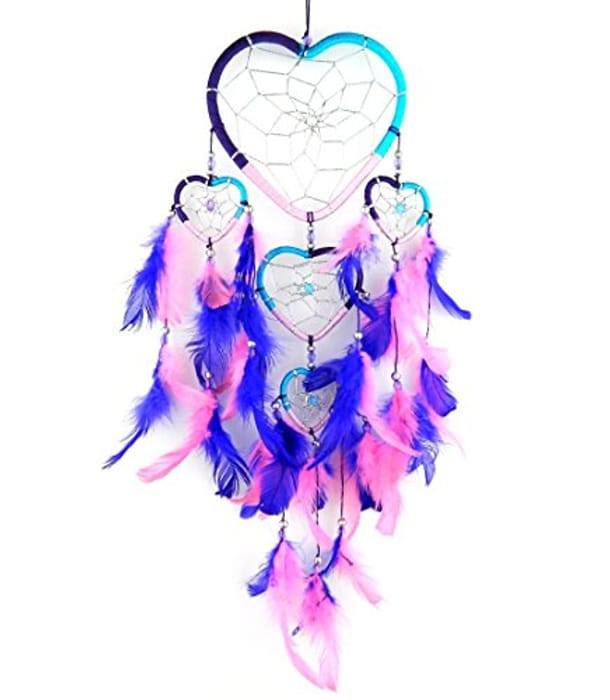 Hand Crafted NEW Dreamcatcher Top Heart 12cm Wide - Only £5.39!