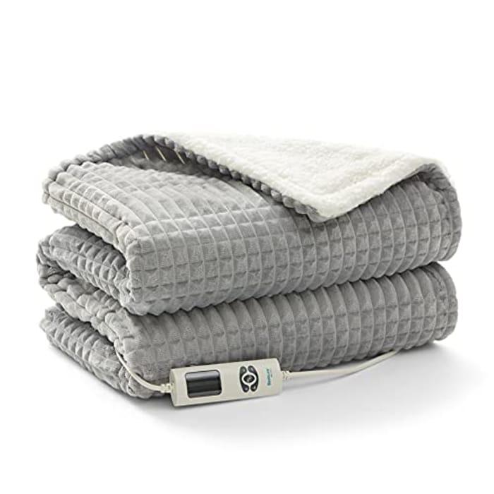 DEAL STACK - Bedsure Washable Soft Fleece Throw Heat over Blanket + 5% Coupon