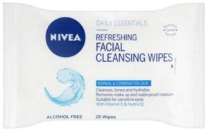 Boots 3x Facial Wipes for £5 (normally £9.45)