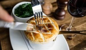 London Restaurant Deal: The Victoria Inn 50% Off Food