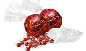 1.1KG of Lindor Lindt Chocolate: Two 550g Maxi Balls: Groupon