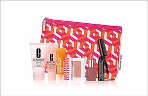 FREE 7-piece Clinique Set! (when purchasing 2 items)