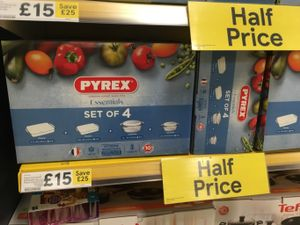 Pyrex Set of 4 Dishes Tesco