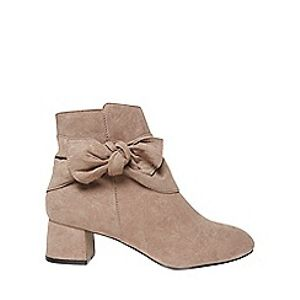 Up to 61% off Dorothy Perkins Shoes and Free Delivery with Code