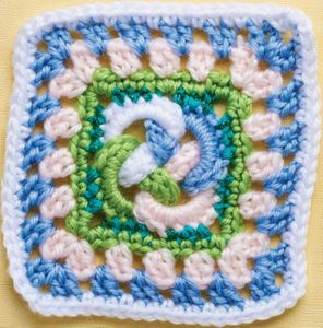 Celtic Knot Granny Square (DOWNLOAD PATTERN)