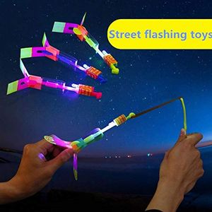 2pcs Flying Mini Airplane Hub with LED Luminaire, Kids Flying Toy