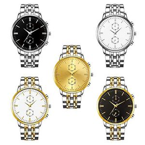 Analog Quartz Wristwatch