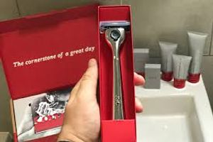 £10 Off Personalised Cornerstone Razor Set + 6 Blades