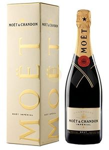 Luvly Jubbly! Save £7. Moet & Chandon Imperial Brut NV Gift Box, FREE DELIVERY