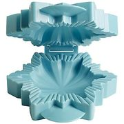 Lakeland Snowflake Pie Mould Was £7.99. Now £1.99!