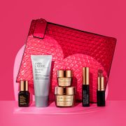 **FREE** 6-Piece Estee Lauder Gift worth £96 with Any £70+ Order.
