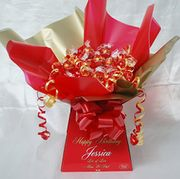 Personalised Lindt Lindor Sweet Bouquet Chocolate Bouquet Hamper - Personalised