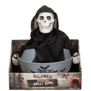 B & M - Hurry for Last Minute Reductions on Halloween Stock