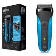 ALMOST HALF PRICE: Braun Series 3 310s Wet and Dry Electric Shaver