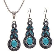 Pendant Necklace Jewelry Set Vintage Pattern Necklace Earrings Gifts for Girls