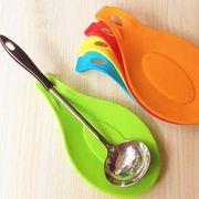 Novelty Candy Color Kitchen Tools Heat Resistant Silicone Put a Spoon Mat