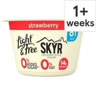 Light and Free Skyr Strawberry 150G