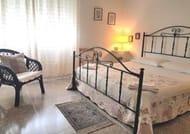 La Coccinella Guest House Self Check-in £44 for a Night :)