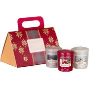 Yankee Candle Christmas Gift Set with 3 Scented Votive Candles