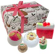Bomb Cosmetics Figgy Pudding Handmade Wrapped Gift Pack