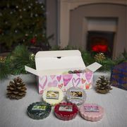 Yankee Candle 10 X Christmas Melts with Heart Gift Box