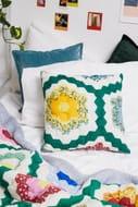 Bea Honeycomb Cushion