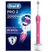 Oral-B Pro 2000 Crossaction Pink Electric Toothbrush  Was £80!