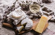 10% off the Artisan Cheese & English Sparkling Wine Box