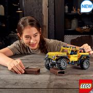 LEGO Technic Jeep Wrangler - Model 42122 (9+ Years) - Only £39.99!