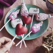 Free Delivery - Valentines Day Cake Pop Set