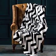 Flannel Fleece Bed Blanket, King Size: 274 X 229 Cm