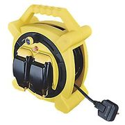 MASTERPLUG 13A 2-GANG 20M CABLE REEL 240V - Only £27.99!