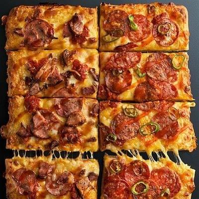 Pizza undefineds